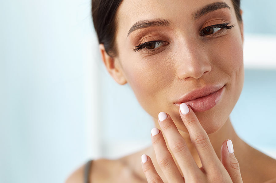 Kredit für Schönheitsoperationen Gesicht Hals Lippenkorrekturen